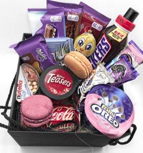Подарочный набор со сладостями из Европы и США.