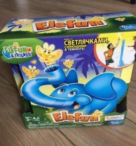 Игрушка Слонёнок со светлячками вылетающими