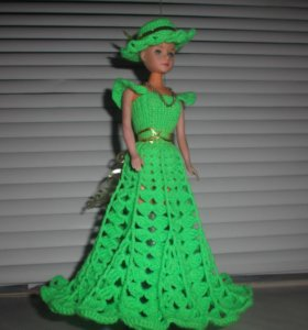 вязанный комплект для куклы Барби