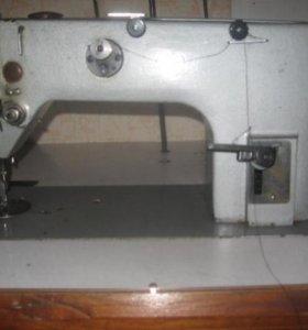 Швейная машина промышленная 1022