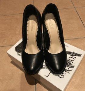 Туфли женские Goldzoni