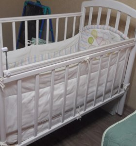 Детская кроватка +матрас( торг)