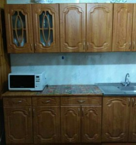 Кухонный гарнитур,мойка, газовая плита