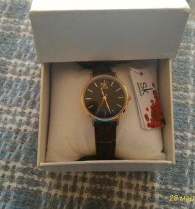 Новые модные часы