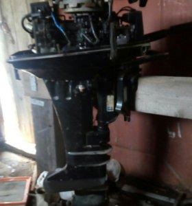 Лодочный мотор Сузуки 9.9—15 в разбор