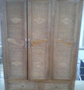 Шкаф из натурального ротанга