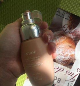 тональный крем Dior