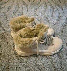 Ботинки утеплённые Skechers 38 размер