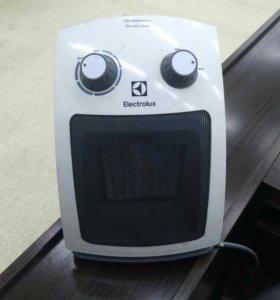 Керамический тепловентилятор Electrolux EFH/C-5115