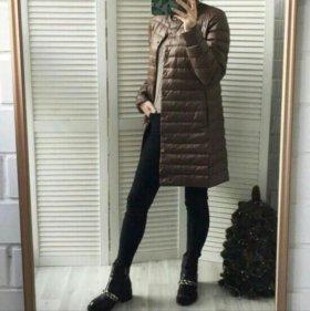 Легкая демисезонная курточка на пуху