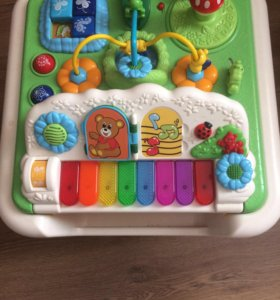 Детский игровой развивающий столик CHICCO