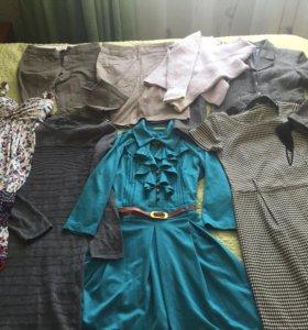 Одежда(платье,юбка,брюки,сарафан,свитер)42р(бу)