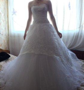 Новое свадебное платье продам