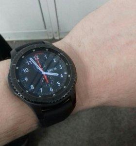 Смарт часы Samsung gear s 3 frontier