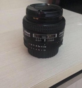 Объектив Nikon