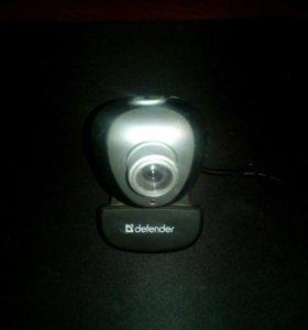 Продам компьютерную проводную веб камеру Defender