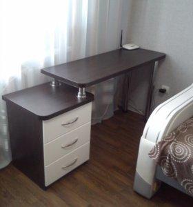 Стол для ноутбука (новый) на заказ.
