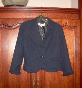 Новый модный темно-синий костюм (Испания)