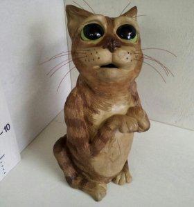 Керамика. Копилка. Котик.