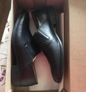 Продам уставные туфли
