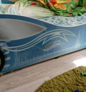 Кровать автомобиль.