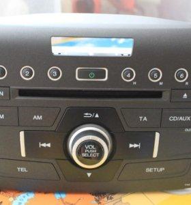 Штатная магнитола на Honda CR-V