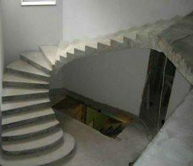Бетонные лестницы, круглые, прямые, любые формы.