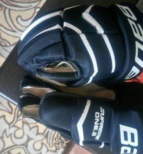 Краги хоккейные BAUER SUPREME ONE.2