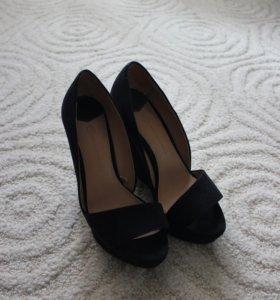 Туфли с открытым носком Stradivarius