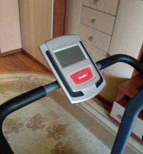 Беговая дорожка HouseFit HT-90332HP б/у