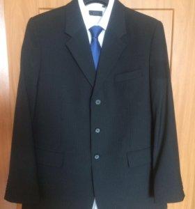 Костюм , рубашка и галстук