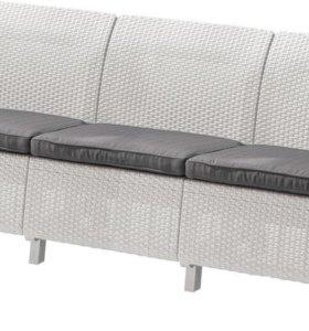 Трехместный диван Yalta Sofa 3 Seat слоновая кость