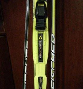 Продаю лыжи Fischer 160см с палками Fischer 105см