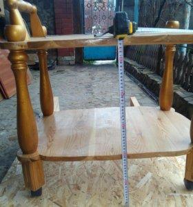 Столик на калёсиках