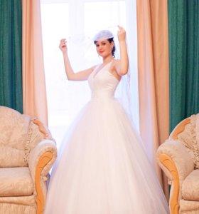 Свадебное платье. Размер 42-46