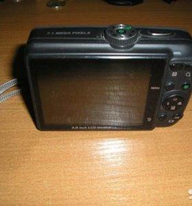 Цифровой фотоаппарат ricoh