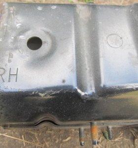 Усилитель (домик) переднего бампера Saab 9-3