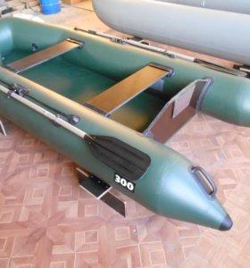 Моторная лодка Expeditor300T усиленная с такелажем