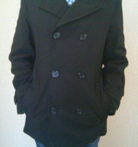 Пальто мужское классическое