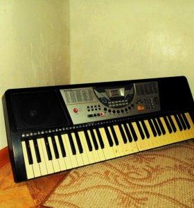 Цифровое пианино (электрическое пианино)