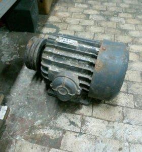 Электродвигатель 380 Вольт 3 кВт 1500 об/мин