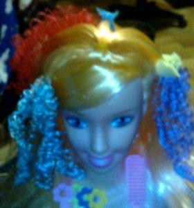 Кукла которой можно делать макияж