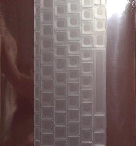 Пластиковый чехол на MacBook 12