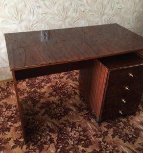 Письменный стол+тумбочка