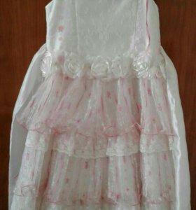 Платье на маленькую леди 5 - 6 лет