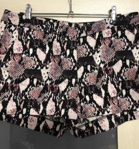 Костюм шорты и блузка