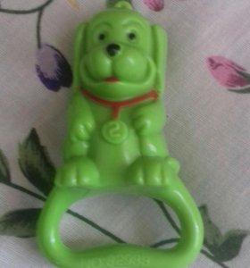 Продам детскую игрушку погремушка