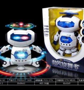 Крутящийся робот с отличной цветомузыкой