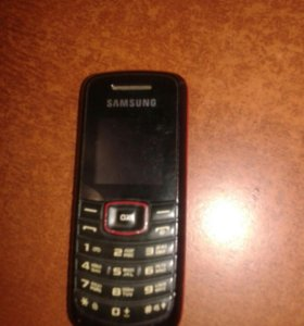 Телефон самсунг -1080-б/у