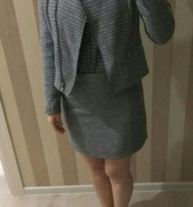 Жакет, юбка Zolla XS